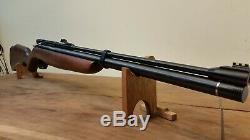 Benjamin Discovery PCP Air Rifle Pellet Gun. 22 Cal. WithPump