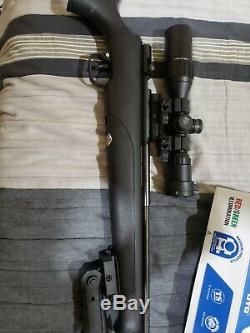 Benjamin Maximus. 22-Caliber PCP-Powered Bolt-Action With Bugbuster 3-9x Scope